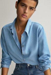 Massimo Dutti - Overhemdblouse - light blue - 4