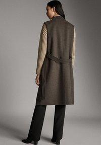 Massimo Dutti - Waistcoat - brown - 2