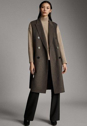 Waistcoat - brown