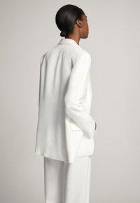 Massimo Dutti - Blazer - white - 2