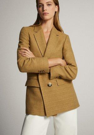 MIT BLINDER DOPPELTER  - Halflange jas - brown