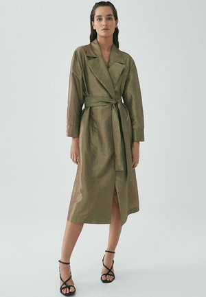 Trenchcoat - gold