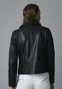 Massimo Dutti - Leren jas - black - 1