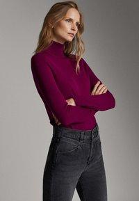 Massimo Dutti - UNIFARBENER PULLOVER AUS SEIDE WOLLE 05600520 - Pullover - dark purple - 3