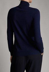 Massimo Dutti - UNIFARBENER PULLOVER AUS SEIDE WOLLE 05600520 - Pullover - dark blue - 1