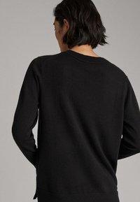 Massimo Dutti - KASCHMIR - Sweter - black - 1
