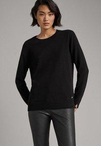 Massimo Dutti - KASCHMIR - Sweter - black - 0