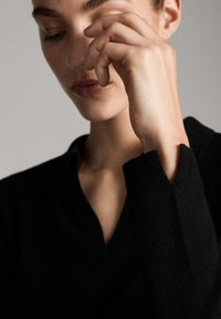 Massimo Dutti - MIT OFFENEM KRAGEN - Polo - black - 4
