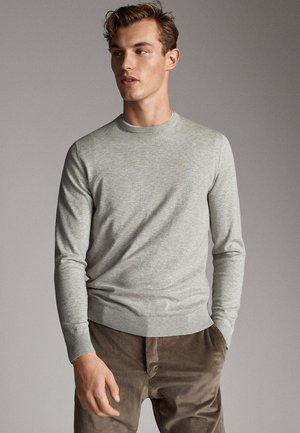 MIT STRUKTURMUSTER - Sweter - grey