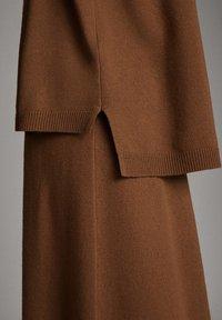 Massimo Dutti - MIT ROLLKRAGEN  - Jumper - brown - 4