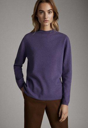 PULLOVER AUS WOLLE UND KASCHMIR MIT STEHKRAGEN 05615521 - Pullover - dark purple