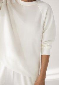 Massimo Dutti - Bluza - white - 5