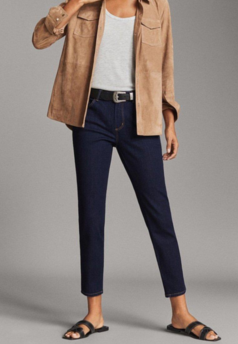 Massimo Dutti - MIT MITTELHOHEM BUND - Jeans Slim Fit - blue