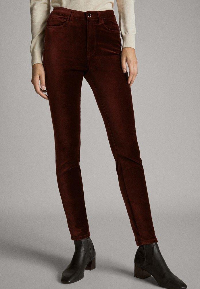 Massimo Dutti - MIT HOHEM BUND  - Pantalon classique - red