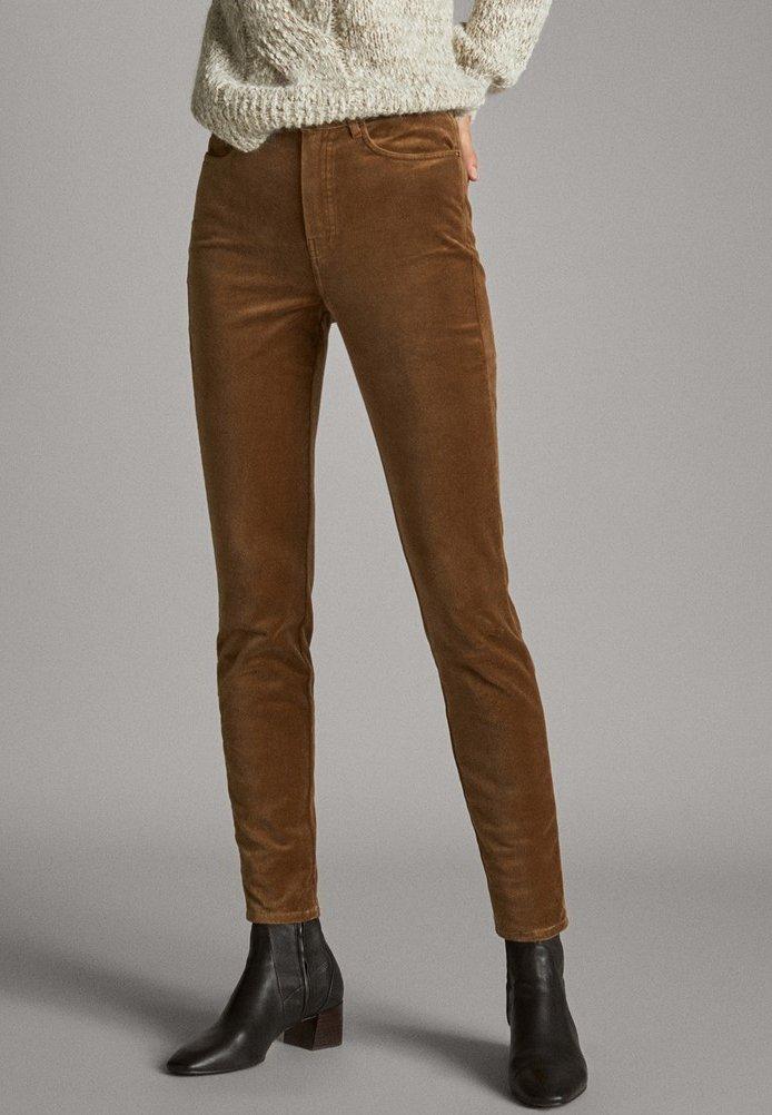 Massimo Dutti - MIT HOHEM BUND  - Trousers - ochre