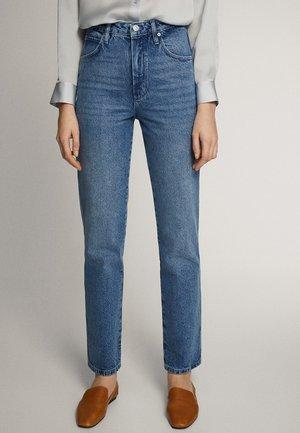 MIT HOHEM BUND - Straight leg jeans - blue