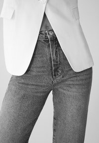 Massimo Dutti - MIT HOHEM BUND - Straight leg jeans - blue - 6