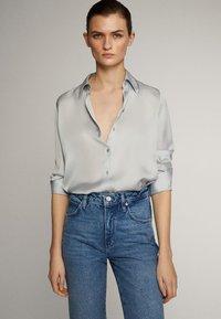 Massimo Dutti - MIT HOHEM BUND - Straight leg jeans - blue - 11