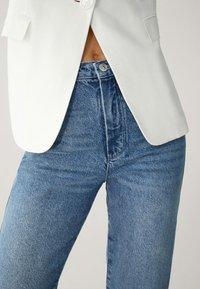 Massimo Dutti - MIT HOHEM BUND - Straight leg jeans - blue - 14