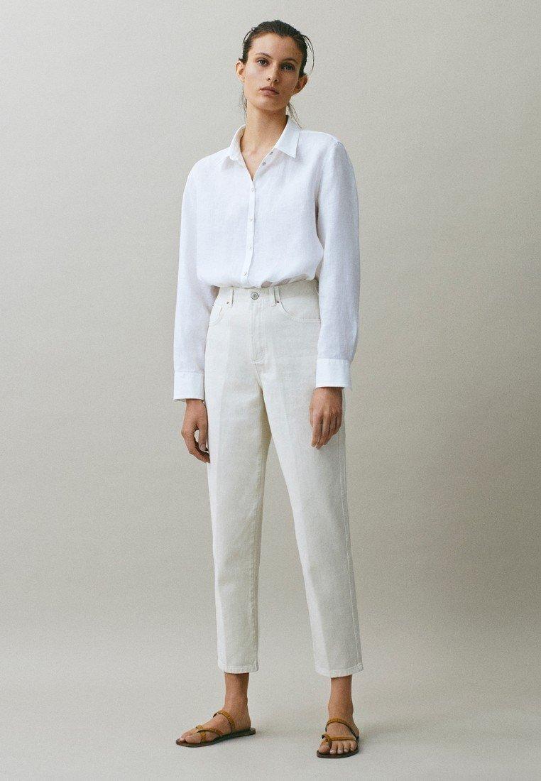 Massimo Dutti - MIT WEITEM BEIN - Straight leg jeans - beige