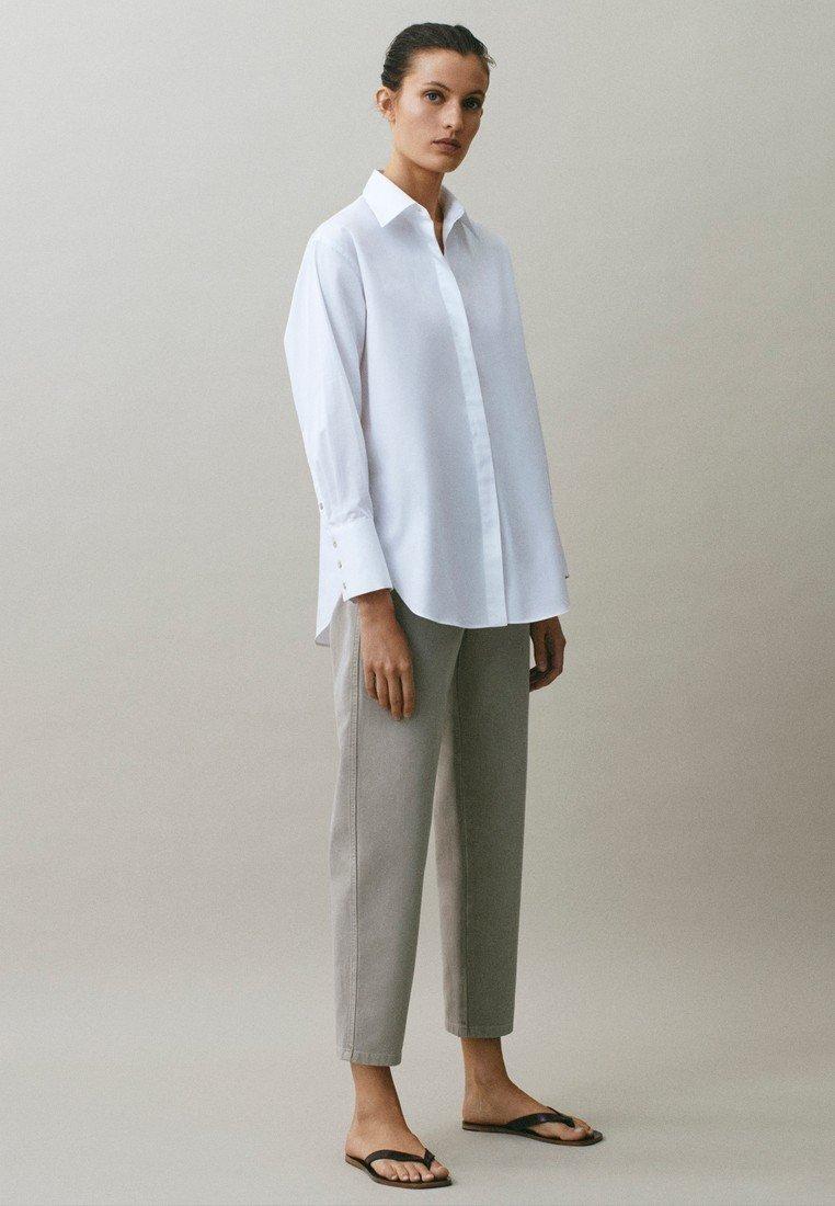 Massimo Dutti - MIT WEITEM BEIN - Straight leg jeans - grey