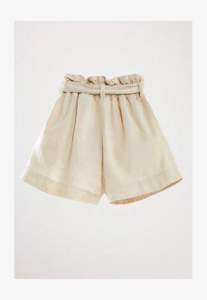 MIT GÜRTEL  - Short en jean - beige