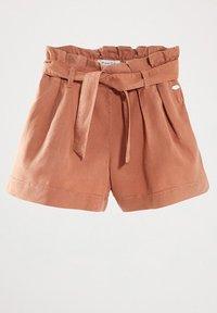 Massimo Dutti - MIT GÜRTEL  - Denim shorts - neon pink - 0