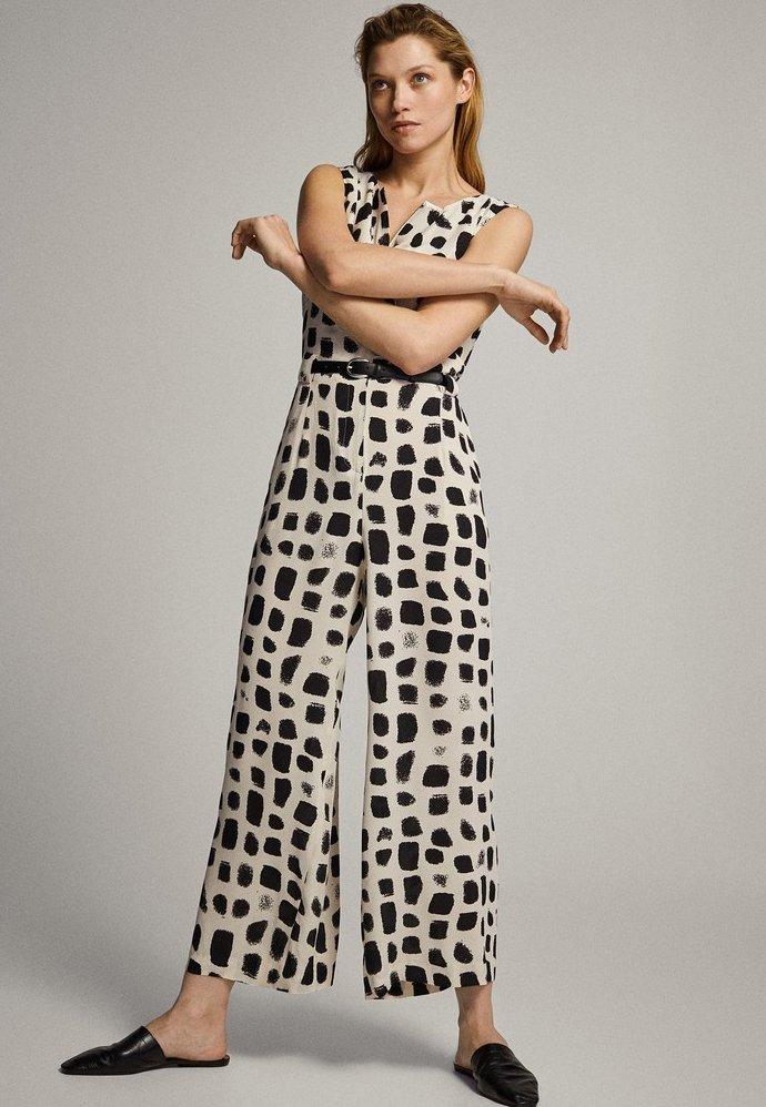 Massimo Dutti - MIT PRINT IN SCHWARZ UND WEISS - Tuta jumpsuit - white