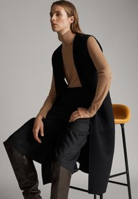 Massimo Dutti - Waistcoat - black - 2