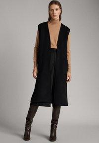Massimo Dutti - Waistcoat - black - 0