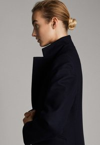 Massimo Dutti - Manteau classique - dark blue - 4
