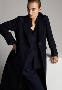 Massimo Dutti - Manteau classique - dark blue - 5
