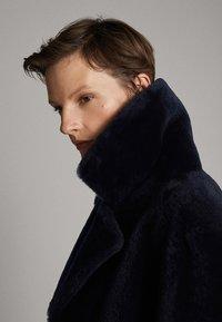 Massimo Dutti - Leather jacket - blue - 6