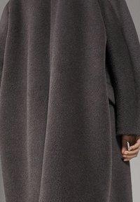 Massimo Dutti - CAMPAIGN COLLECTION - Manteau classique - grey - 4