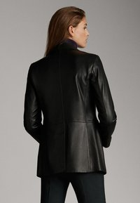 Massimo Dutti - Leather jacket - black