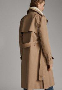 Massimo Dutti - Trenchcoat - beige - 2