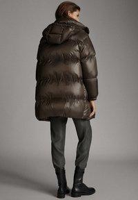 Massimo Dutti - Down coat - brown - 2
