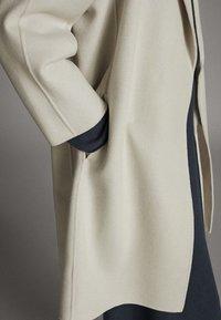 Massimo Dutti - Classic coat - light grey - 5