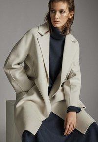 Massimo Dutti - Classic coat - light grey - 0