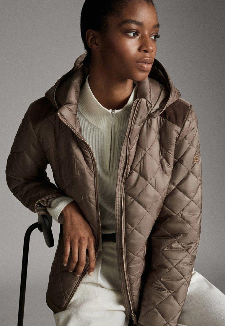 Massimo Dutti - MIT ABNEHMBARER KAPUZE - Winter jacket - brown
