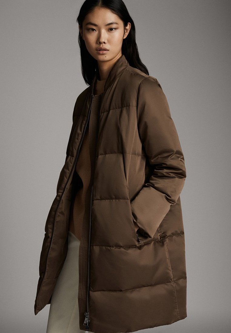 Massimo Dutti - GESTEPPTE DAUNEN-BOMBERJACKE 06715900 - Winter coat - brown