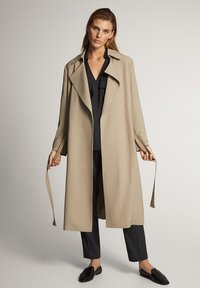 Massimo Dutti - WITH BELT - Trenchcoat - ochre - 0