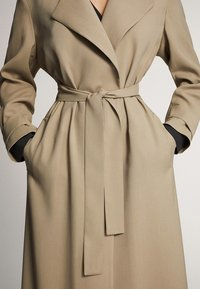 Massimo Dutti - WITH BELT - Trenchcoat - ochre - 5