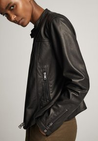 Massimo Dutti - MIT STRUKTUR - Skinnjacka - black - 7