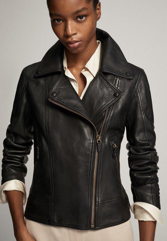 SCHWARZE BIKERJACKE AUS LEDER 04752752 - Leather jacket - black