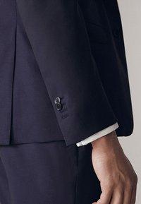 Massimo Dutti - Suit jacket - dark blue - 6