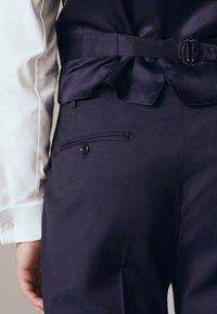 Massimo Dutti - Suit trousers - dark blue - 5