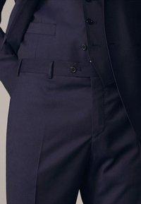 Massimo Dutti - Suit trousers - dark blue - 4