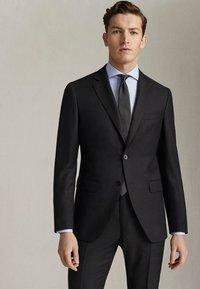 """Massimo Dutti - HALF-CANVAS DONEGAL-BLAZER AUS WOLLE """"SUPER 130"""" IM SLIM-FIT 020 - Suit jacket - dark grey - 0"""