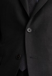 """Massimo Dutti - HALF-CANVAS DONEGAL-BLAZER AUS WOLLE """"SUPER 130"""" IM SLIM-FIT 020 - Suit jacket - dark grey - 5"""